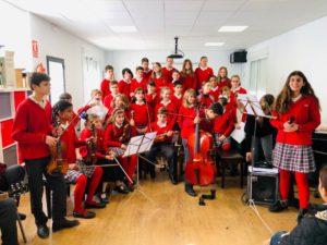 Grupo de alumnos de la escuela de música del Colegio El Pinar en Málaga